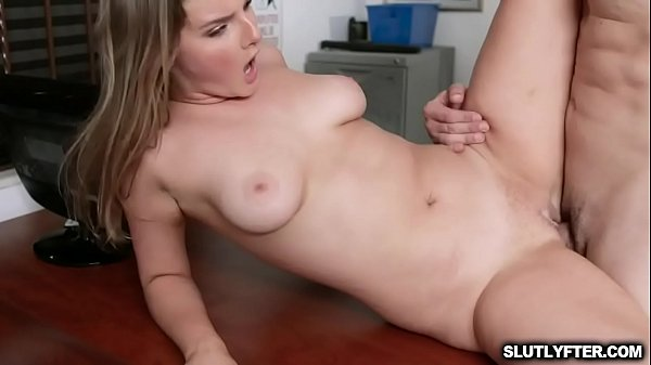Hot sexy blonde thief Eliza Eves gets a hard twat pounding over the desk by the pervy officer Thumb