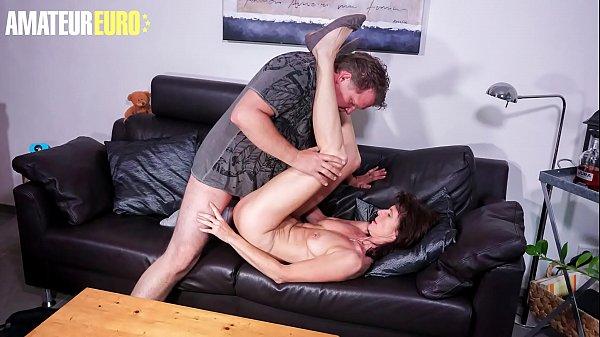 HAUSFRAU FICKEN - Lonely German Wife Gets Seduced By Her Plumber