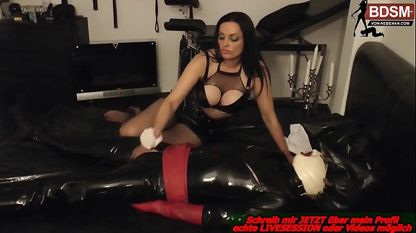 german domina cum his latex slave in bdsm studio