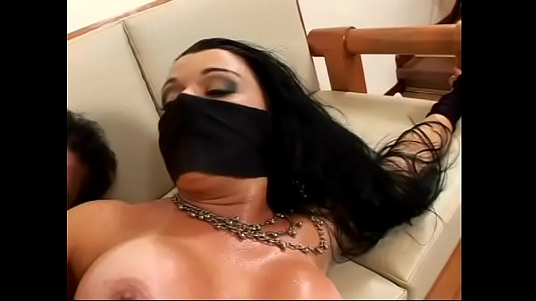 Brazilian hottie with massive garage and big jugs Ninja protects herself against covid-19 with black mask and supposes that anal drilling will not to come amiss Thumb