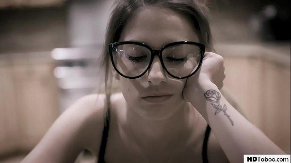 Insane Kristen Scott gets r. on her bullies Thumb
