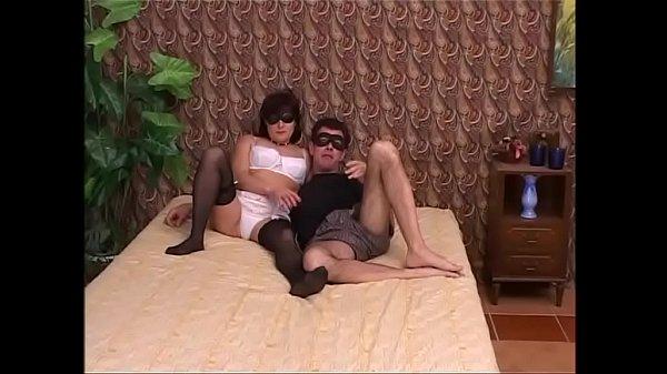 Смотреть порно унижение прилюдно