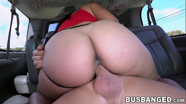 Big ass latina Julz Gotti sucking cock and public cowgirl Thumb