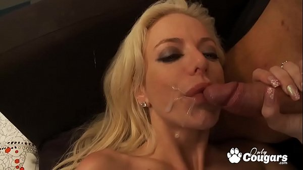 Squirting Queen Angela Stone Shoots Pussy Juice From Her Twa