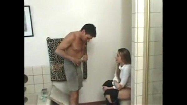 Развлечение молодых в ванной