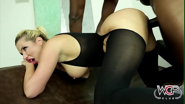 Lex Steele Fucks Savannah Stylez In The Ass