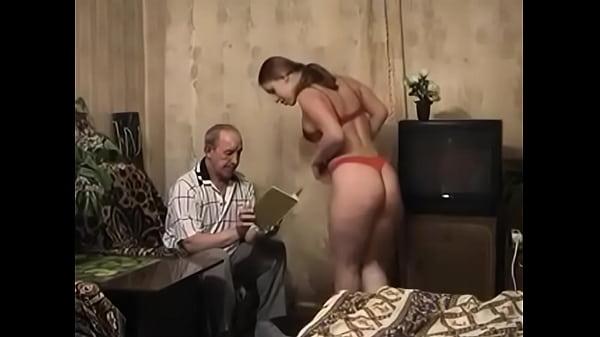 Девушка ублажает старика русское