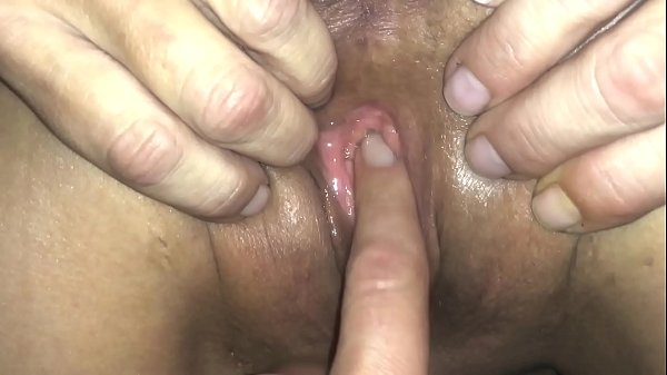 Finger bang wet pussy makes her beg for creampie Thumb