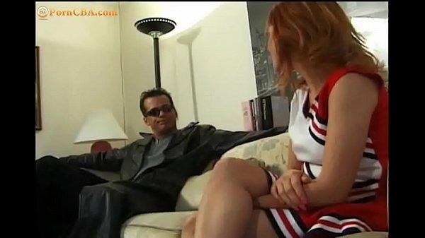 pisaet-na-sebya-porno