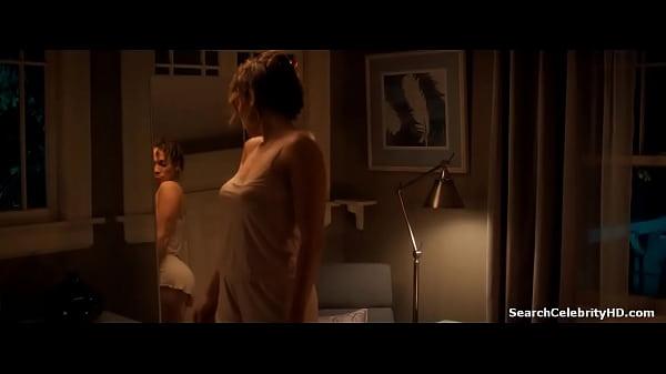 Jennifer Lopez in The Boy Next Door 2015 Thumb