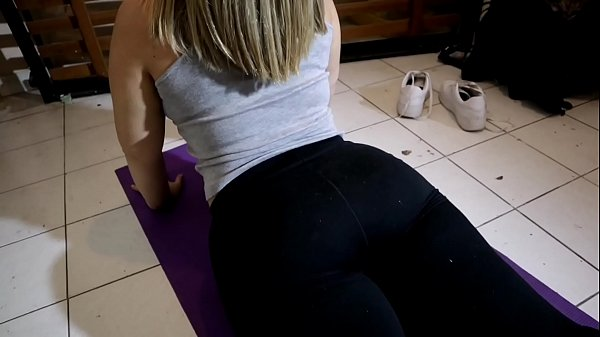 I went to see a yoga class just to creampie my teacher's fat ass Thumb