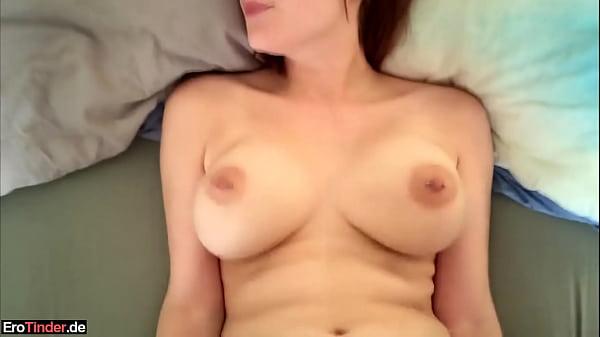 Sie bekommt einen heftigen Orgasmus!