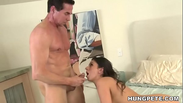 Nikki Daniels takes huge facial - Peter North Thumb