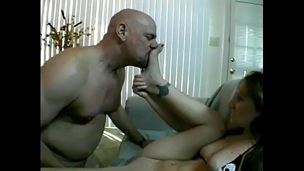 Porno non ha resistito davanti al culo della mamma