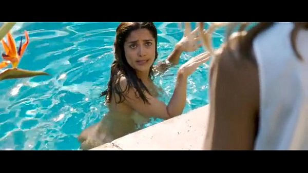Salma Hayek Naked Some Kind Of Beautiful Xvideos Com
