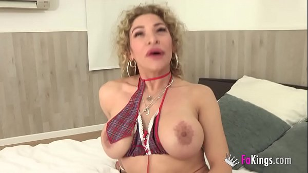 Colombian broad fulfill her fantasy: BEING FUCKED BY THREE BLACK DUDES!