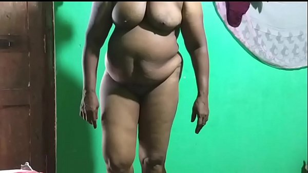 Velamma Bhabhi Indian Nice Show Masturbating Fucking Herself off with fingers and moaning Mature MILF think and hard banana Thumb