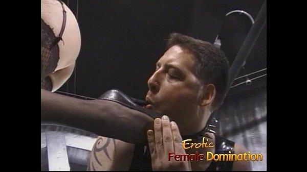 Порно блондинке отлизали до оргазма