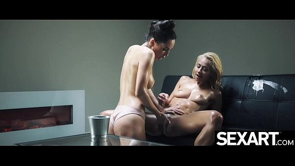 Sexy lesbian blonde oiled up as she has intense squirting orgasms