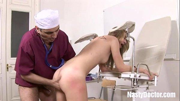 erotichnoe-obsledovanie-devushki-u-proktologa-strapon-ot-gospozhi-onlayn