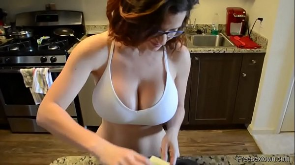 sluuty hot milf amateur