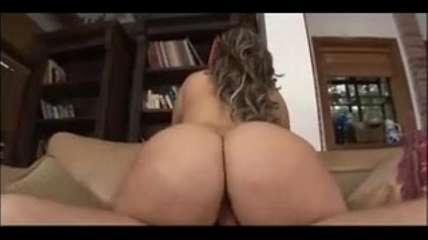 Girl convinces husband to buy house with her big ass - Cams.vin