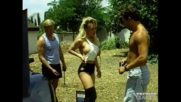 Kaitlyn Nude: Katilyn Ashley, A Blonde Bombshell In An...