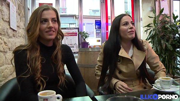 Porno con sorelle gemelle guardare online