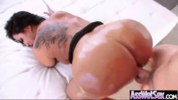 Anal Sex Tape With Big Wet Oiled Round Ass Girl (kiara mia) clip-12