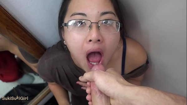 Public Dressing Room throatfuck BLOWJOB sukisuk...
