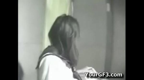Кон трахл девушку
