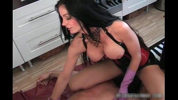 У парня первый секс первый раз видео