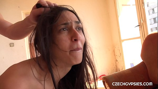 Ashely Ocean is real Czech gypsy girl. Our gypsy hunter hunted her while waiting for her boyfriend. She is really very cheap bitch Thumb