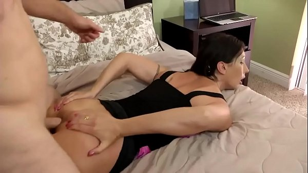 Wenona in Cum in Mommies Mouth