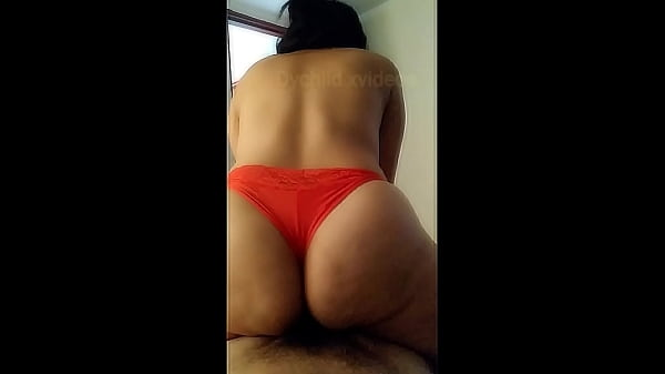 Young latina with big ass gets intense orgasm Thumb