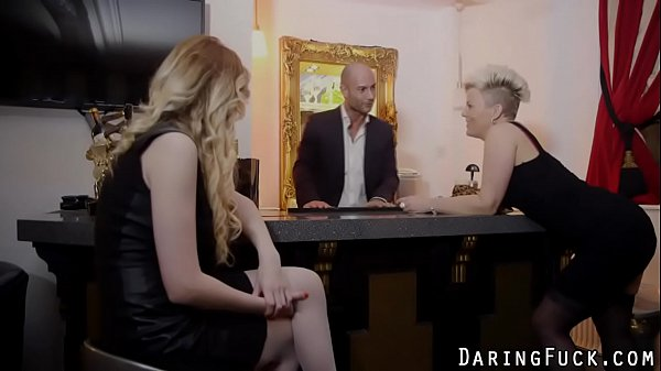 Дивитись онлайн еротику відео