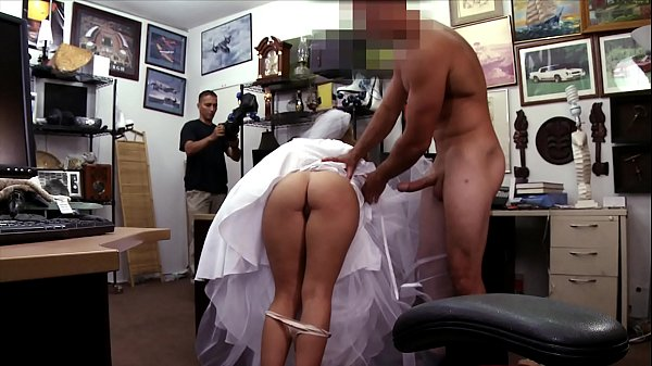 XXX PAWN - Bitter Bride Fucks Pawn Shop Owner After The Groom Cheats Thumb