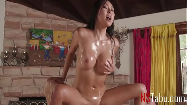 Happiest Endings Are From Sexy Petite Asian Masseuse - Honey Moon
