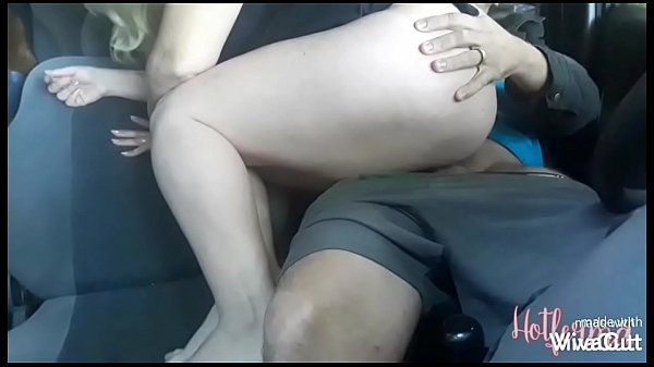 Blonde going to the motel with a lover, crazy with lust, ended up fucking in the car, ending up winning cum in the mouth (complete in xred)