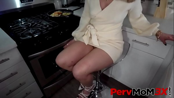 She Just Wants Attention - Lisey Sweet - FULL SCENE on http://PervMoM3x.com Thumb