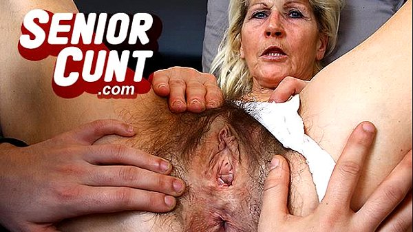 Horny milf Marta a lot of squirting during puss...