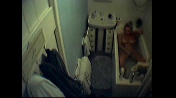 Masturbación en Bañera/ Espía / Spy Thumb
