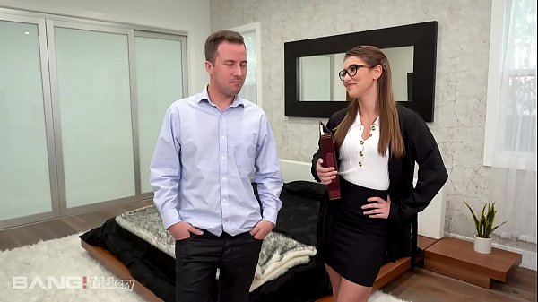 Trickery - Real Estate Agent Sells The House And Her Pussy Thumb
