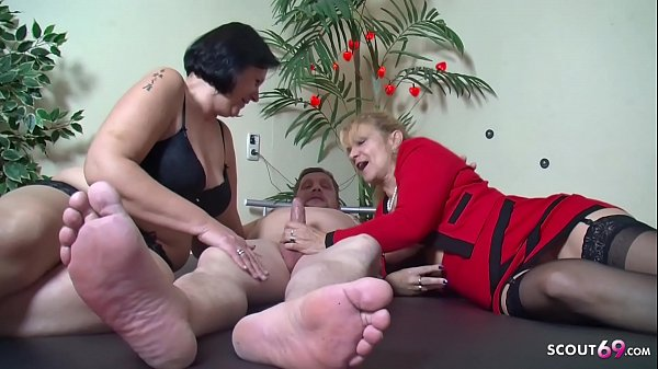 ▶▶ Old German Couple at First Threesome with Big Tits Mature ◀◀