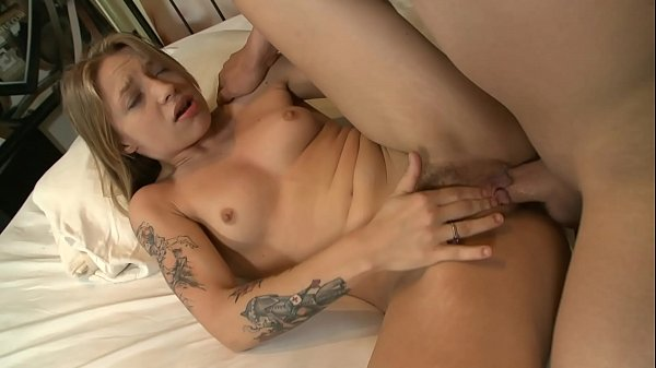 Alyssa Branch wants big cock in her hairy wet pussy Thumb