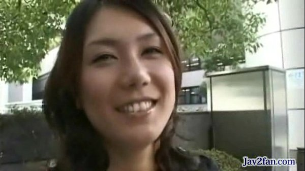 彼女のせっくす動画_ 美乳のエロボディ人妻がお風呂で息子のチンポを咥えて性欲処理 JC女子校生