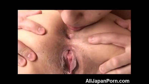 Young Japanese First Anal!