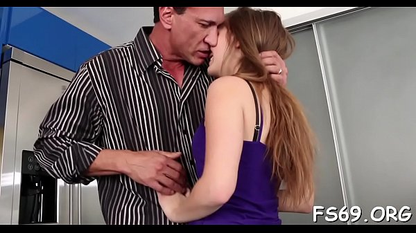 Hotty has sex with a family member Thumb
