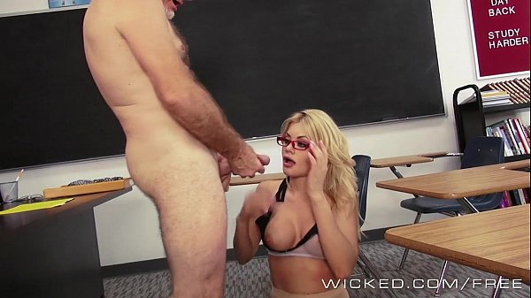 סרטי סקס Wicked – Hot blonde teacher Riley Steele takes a big load