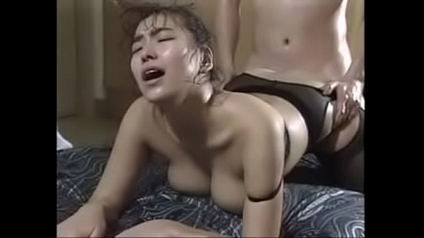 japanese milf with nice curves fucking and nice moaning